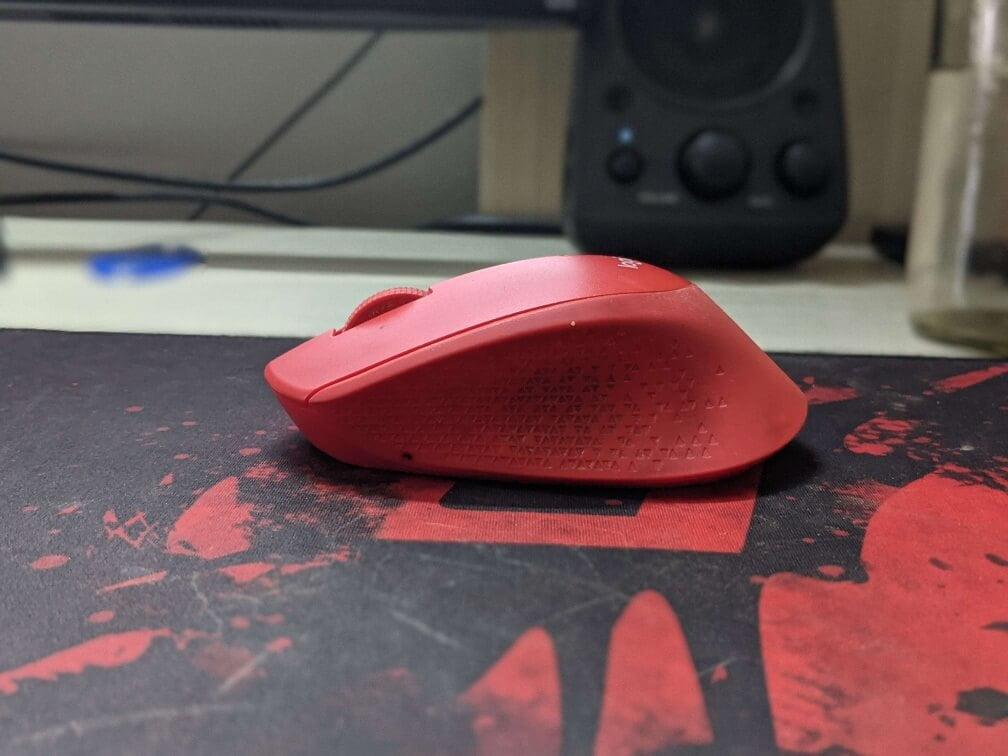 Logitech M331 Silent Mouse Side View Image
